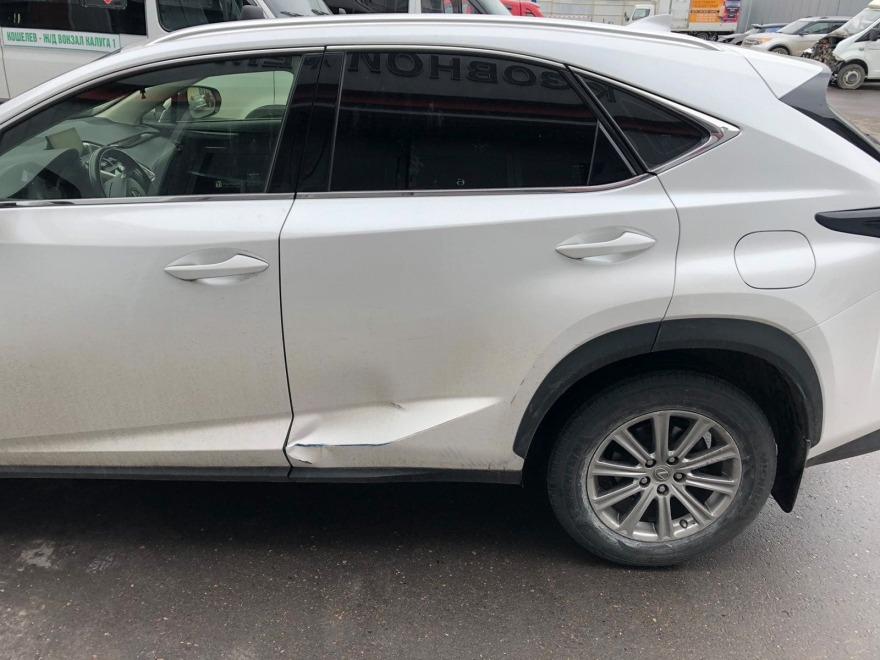 фото до ремонта кузова Lexus